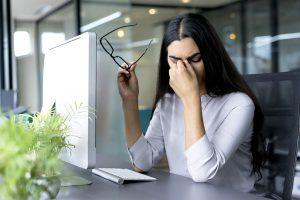 Mỏi mắt có thể gây phiền nhiễu. Tình trạng này không nghiêm trọng và có thể biến mất.