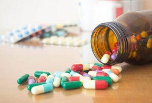 Thuốc kháng viêm trị khô mắt