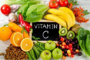 Nhóm rau củ, trái cây chứa vitamin C đều là các thực phẩm tốt cho mắt